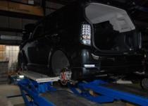 トヨタ カローラルミオン(TOYOTA) 4輪キャリパー塗装 自動車修理事例
