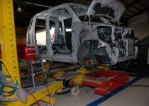 スズキ スティングレー(SUZUKI STINGRAY)フレーム修正 スパネーゼ(SPANESI)社製イタリアフレームジグ修正機使用 鈑金・塗装
