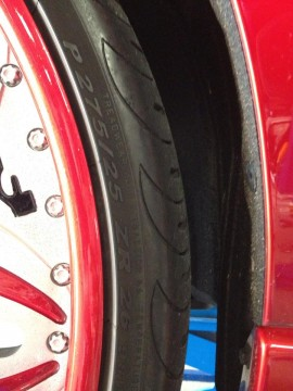レクサス RX450hのタイヤエア漏れ修理