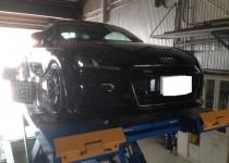 Audi TT(アウディティーティー)四輪アライメント