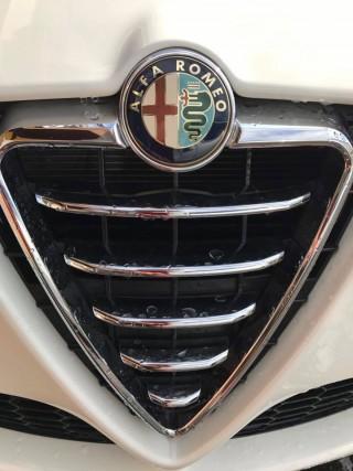 ALFA ROMEO Giulietta(アルファロメオジュリエッタ)板金塗装